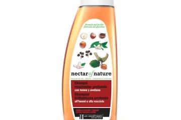 Infographiste 3d packshot shampoing